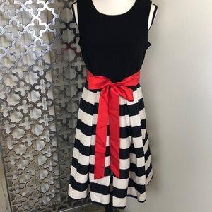 R & K black/white dress with red belt